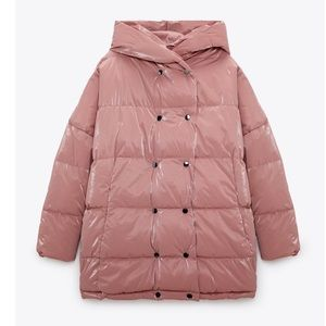 Limited edition luxury hooded puffer jacket pink